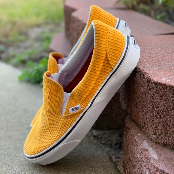 c36ebe6bdfc13f NIB Vans Slip On Corduroy Yellow Sz 10